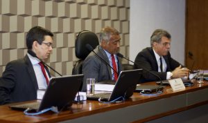 Randoolfe, Romário e Jucá